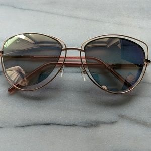 Accessories - Rose gold reflective cat eye sunglasses